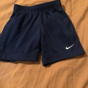 Other - Nike boys active shorts